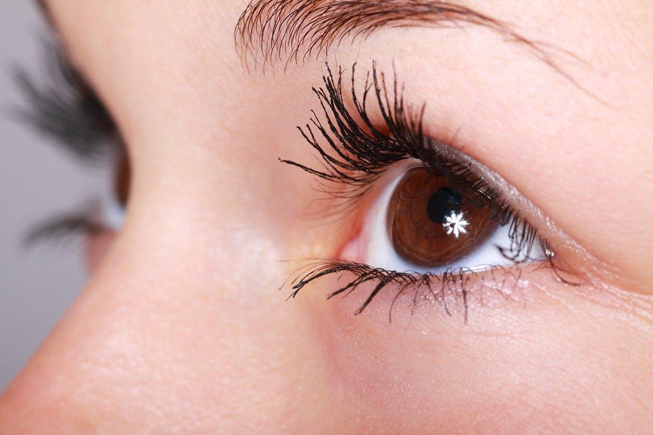 kwas hialuronowy pod oczy